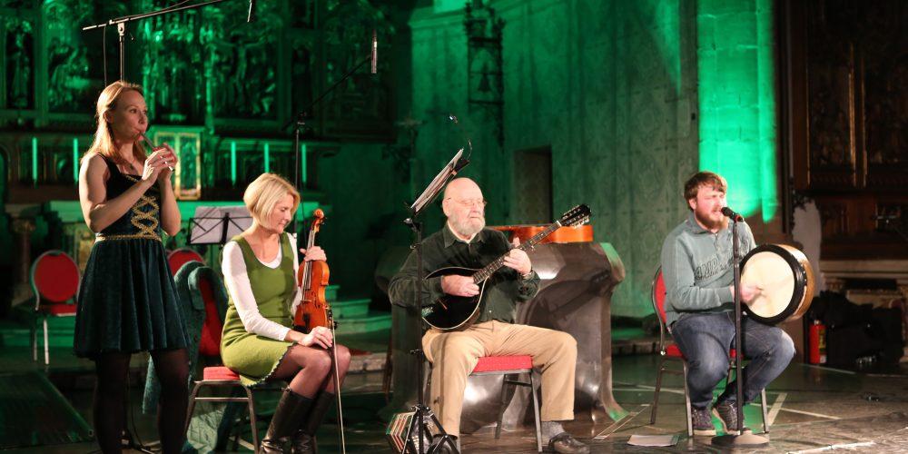 Irische Musik mit Mhara